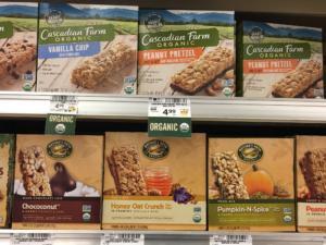 barrette di cereali granola al supermercato