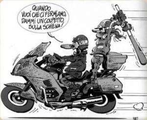 moglie motociclista