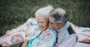 coppia sesso anziani