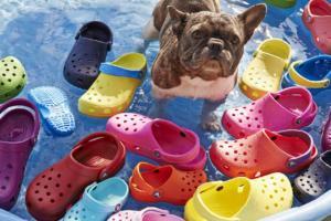 crocs colorate