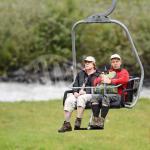 La cancelliera Tedesca Angela Merkel si rilassa dopo una gita in alta quota
