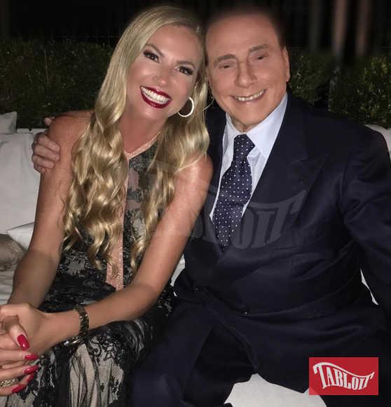 Federica Panicucci con Silvio Berlusconi al party di Mattino Cinque a casa della conduttrice