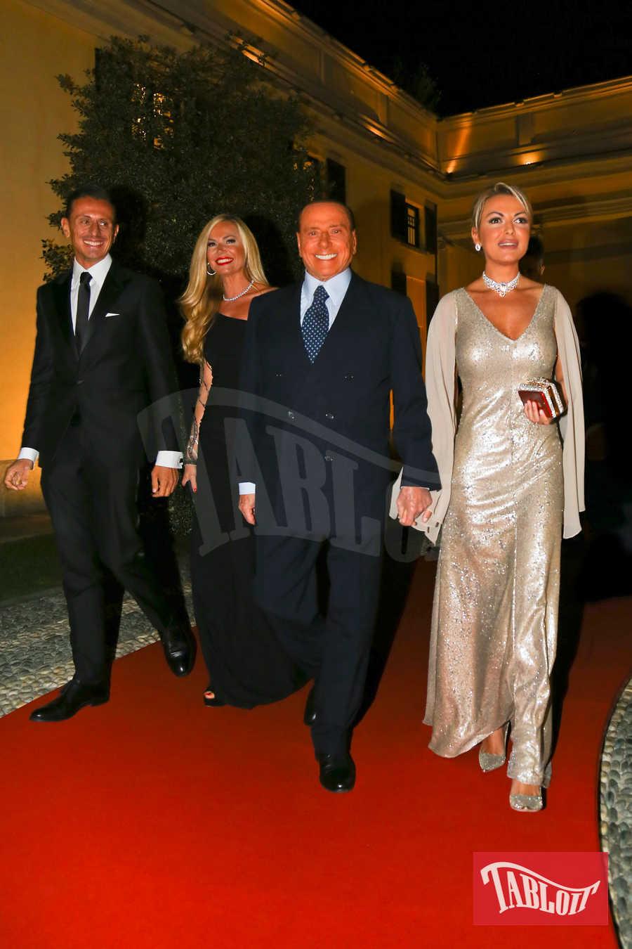 Marco Bacini, Federica Panicucci, Silvio Berlusconi e Francesca Pascale all'evento Swarovski