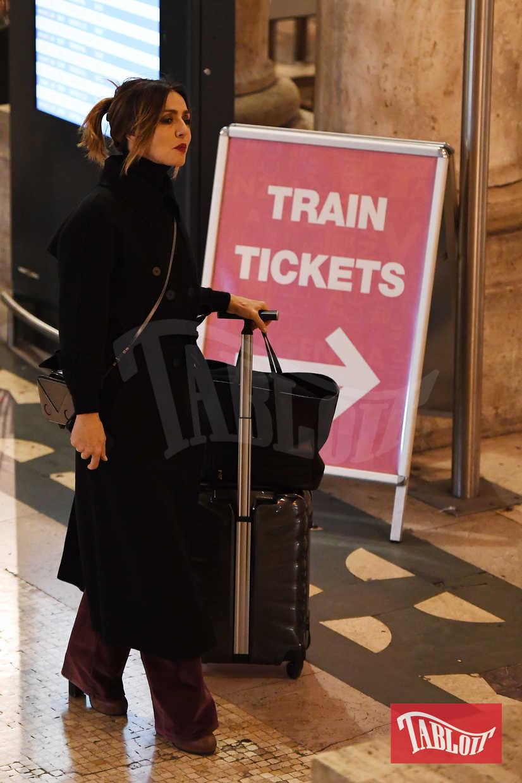 """Ambra Angiolini in scena fino al 26 novembre al Teatro Manzoni con """"La guerra dei Roses"""""""