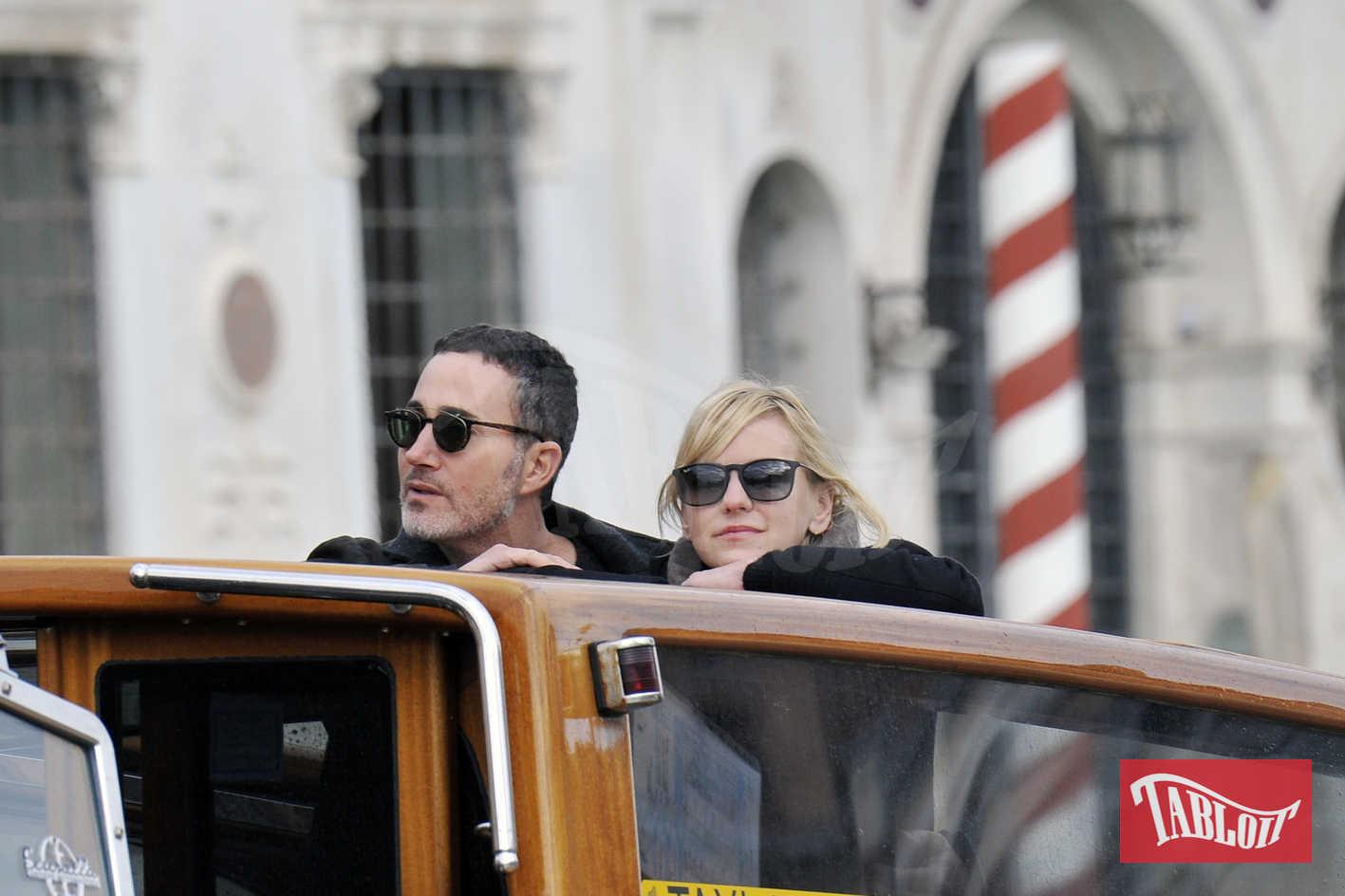 Anna Faris e il nuovo compagno Michael Barret in vacanza a Venezia