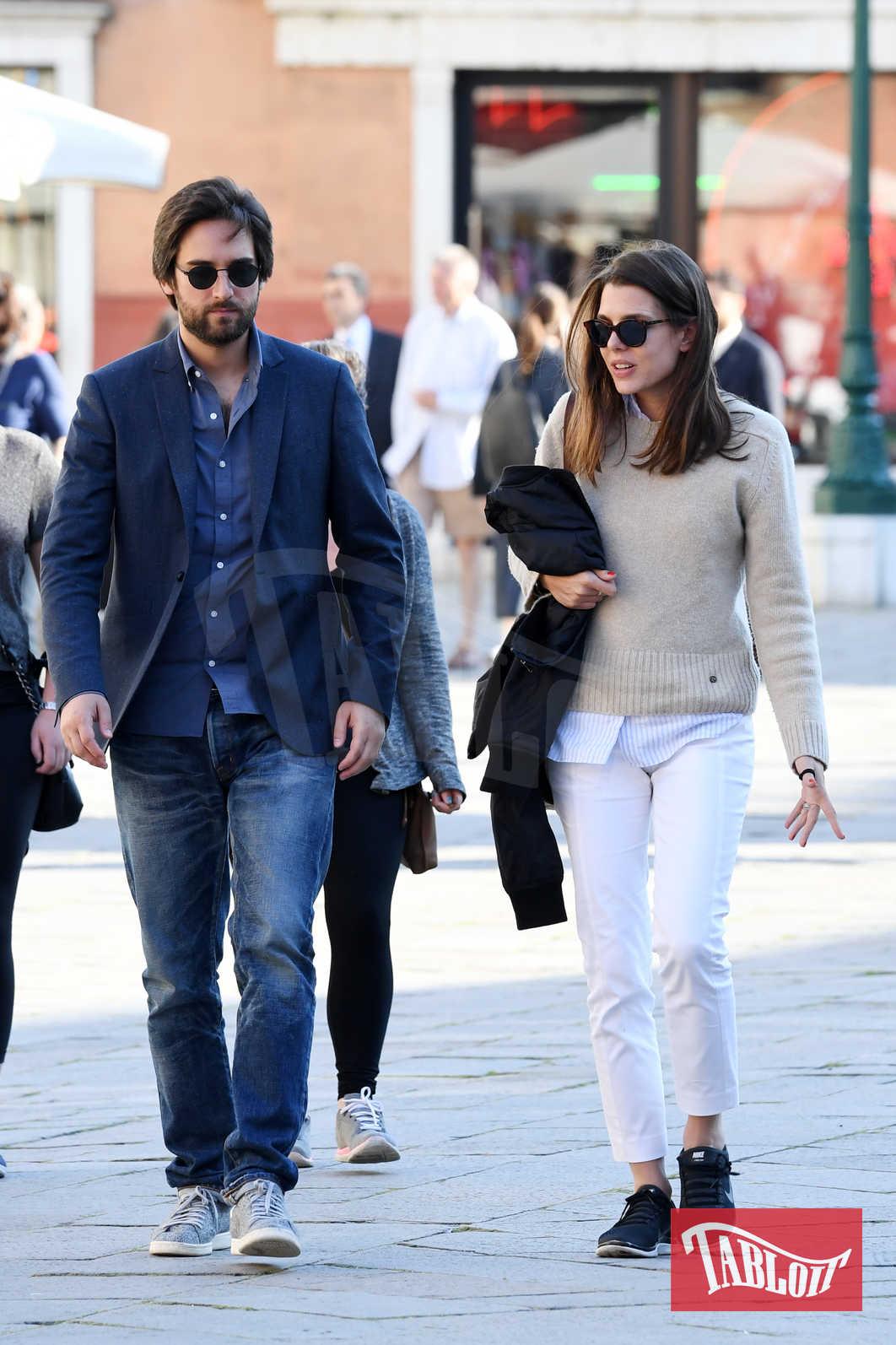 Charlotte Casiraghi e Dimitri Rassam lo scorso maggio a Venezia. I due stanno insieme dallo scorso dicembre ma hanno sempre mantenuto la massima riservatezza