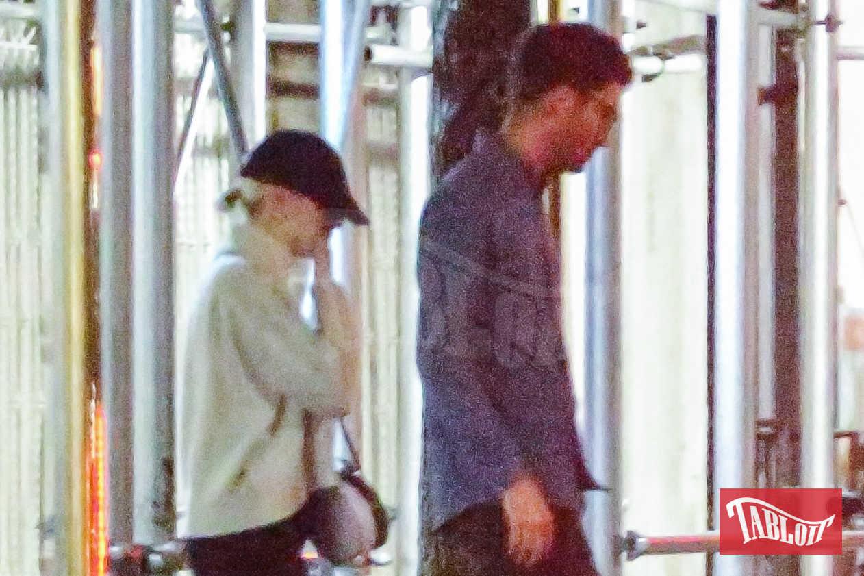 Emma Stone è stata fidanzata 4 anni con il collega Andrew Garfield: i due si sono conosciuti nel 2011 sul set di The Amazing Spider-man. Oggi sembra proprio che l'attrice abbia definitivamente voltato pagina