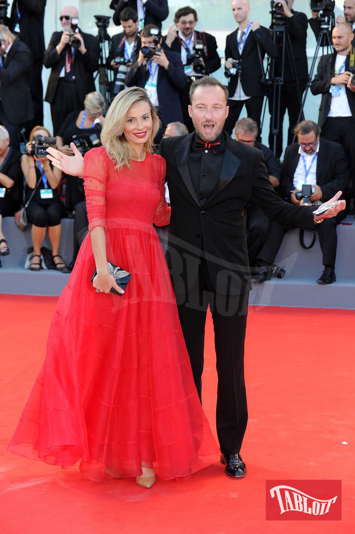 """Francesco Facchinetti e la moglie Wilma alla premiere di """"La La Land"""" durante la 73esima edizione della Mostra del Cinema di Venezia nel 2016"""