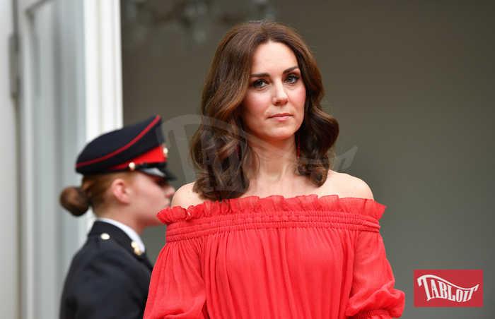 Kate Middleton a Berlino in Alexander McQueen