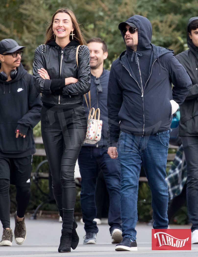 Leonardo DiCaprio insieme alla modella Alina Baikova