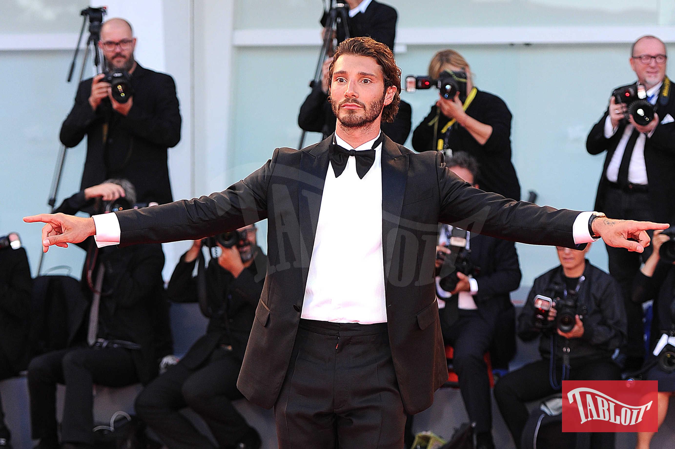 Stefano De Martino sul red carpet della 74esima Mostra del Cinema di Venezia lo scorso settembre