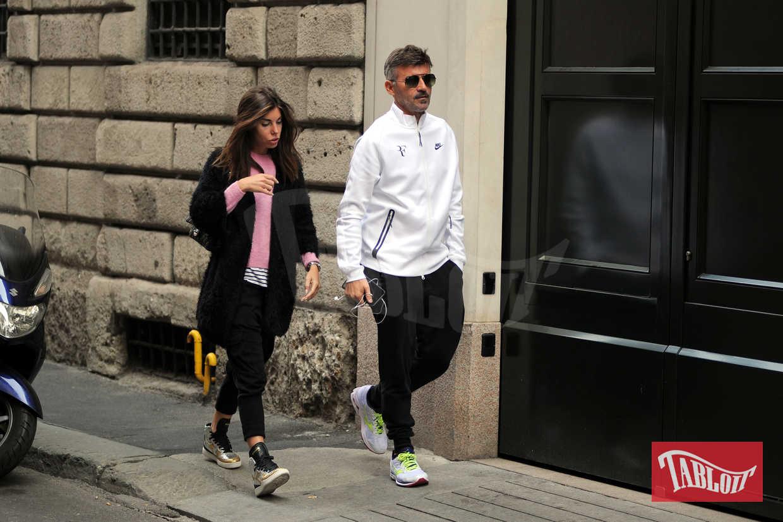 Max Biaggi e Bianca Atzei in centro a Milano a fine ottobre, prima dell'addio