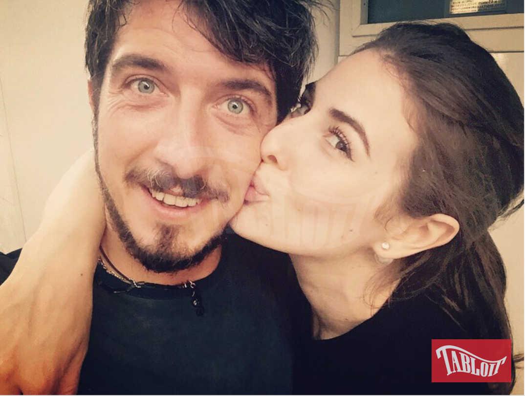 lo scatto su Instagram che ha accompagnato gli auguri di Diana Del Bufalo al fidanzato Paolo Ruffini il 26 novembre del 2015.
