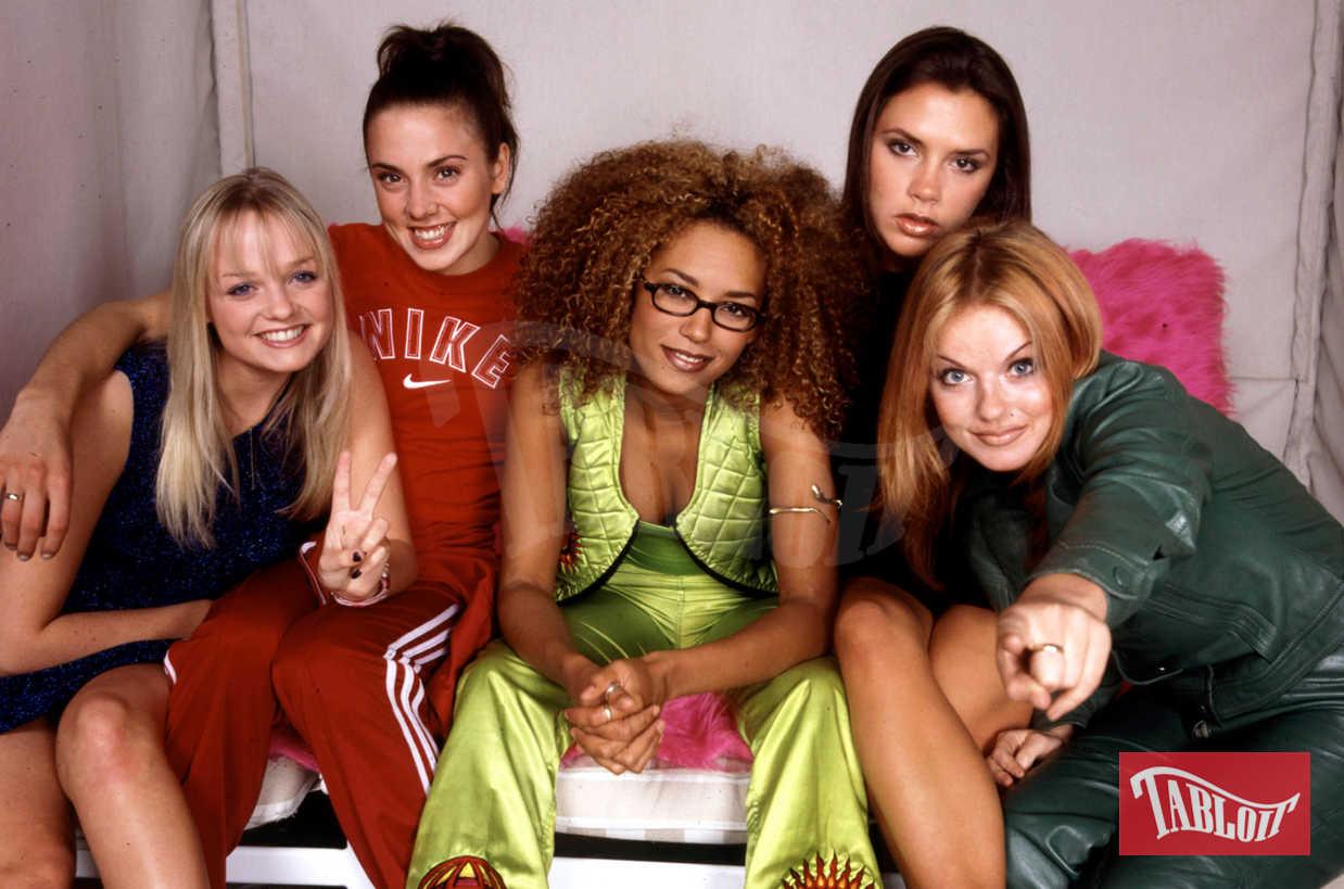 Le Spice Girls ai tempi del loro successo. Da sinistra: Emma Bunton (Baby), Mel C (Sporty), Mel B (Scary), Victoria Beckham (Posh) e Geri Halliwell (Ginger)