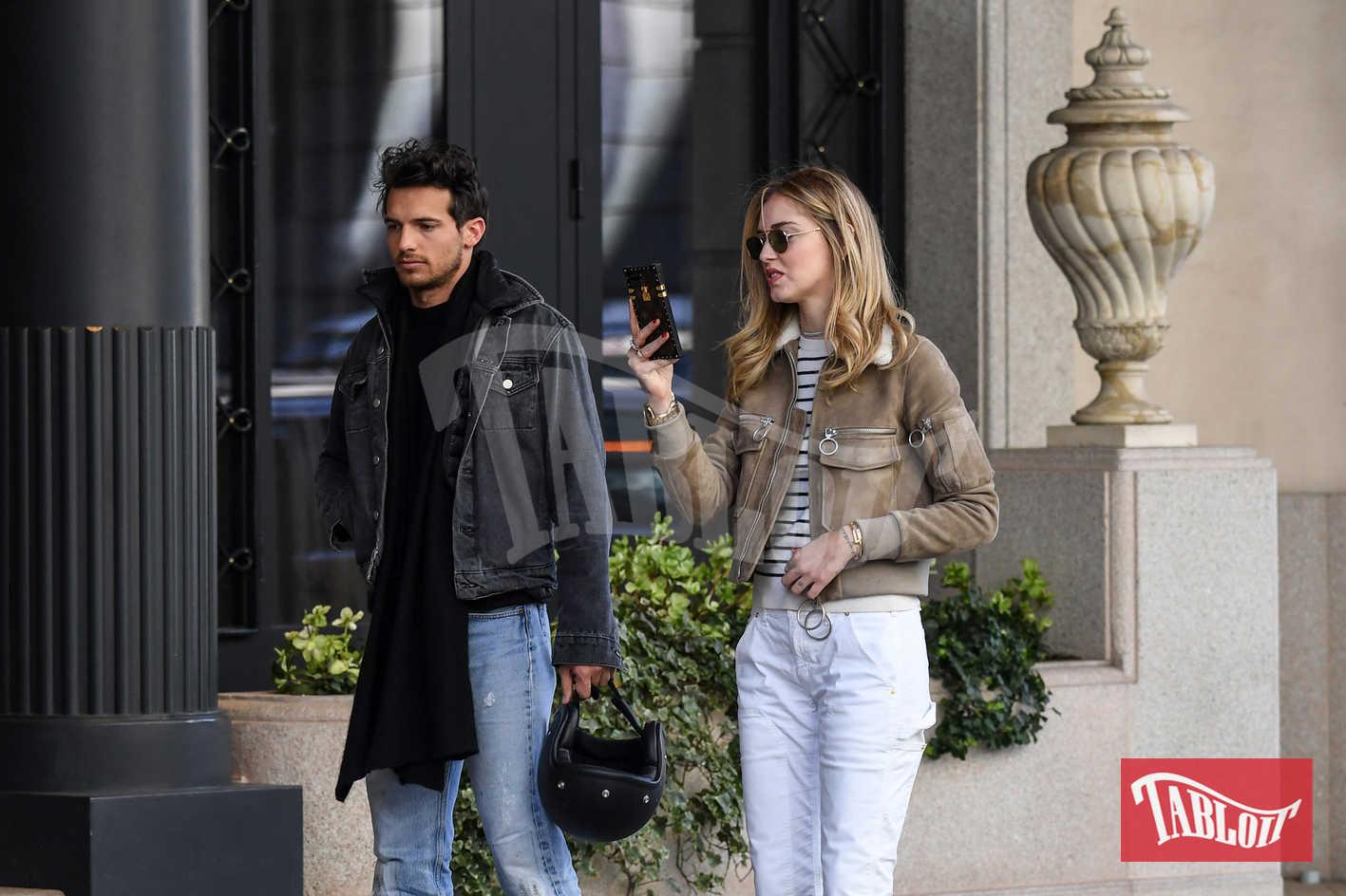Chiara Ferragni e Riccardo Pozzoli all'esterno dell'Hotel Palazzo Parigi di Milano per un incontro di lavoro. I due sono stati insieme sette anni e ad oggi sono rimasti buoni amici