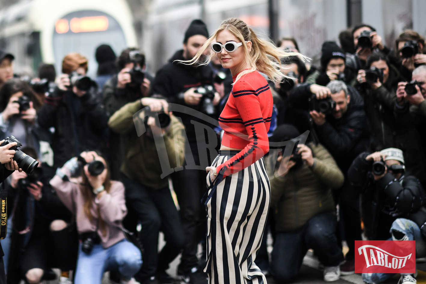 """Chiara Ferragni è stata eletta da Forbes l'influencer di moda più potente al mondo. """"Ha iniziato la sua carriera prima dell'arrivo di Instagram, nel 2009 - si legge nella biografia stilata da Forbes - nel 2015, dato il suo successo, è stata la prima fashion influencer ad essere studiata dall'Harward Bussiness Rewiew"""""""