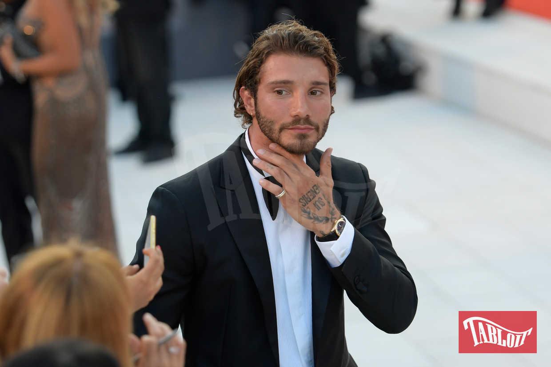 Stefano De Martino sul red carpet della Mostra del Cinema di Venezia lo scorso settembre