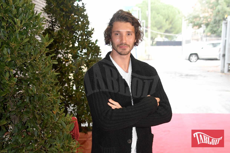 Stefano De Martino al Maurizio Costanzo Show il 15 novembre