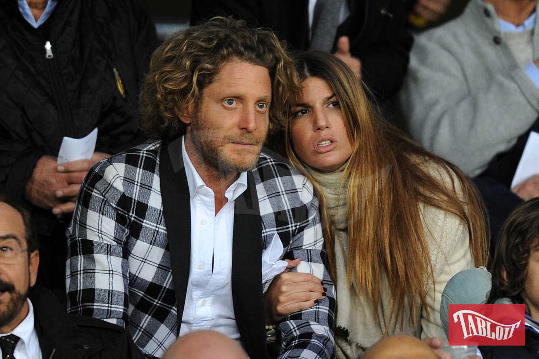 Dal 2003 al 2005 Lapo è stato fidanzato con l'attrice Martina Stella. L'imprenditore ha avuto anche una relazione con la cugina Bianca Brandolini D'Adda, con la quale è rimasto molto amico