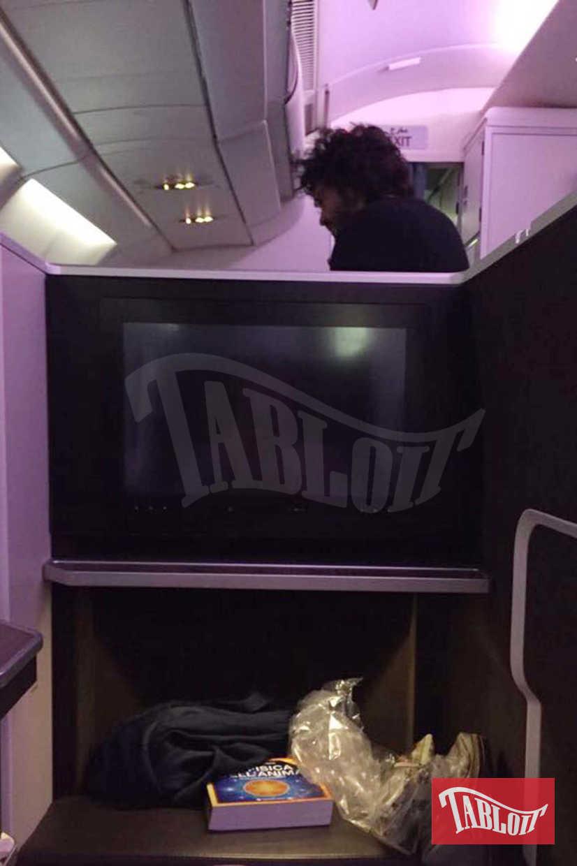 Francesco Renga in aereo