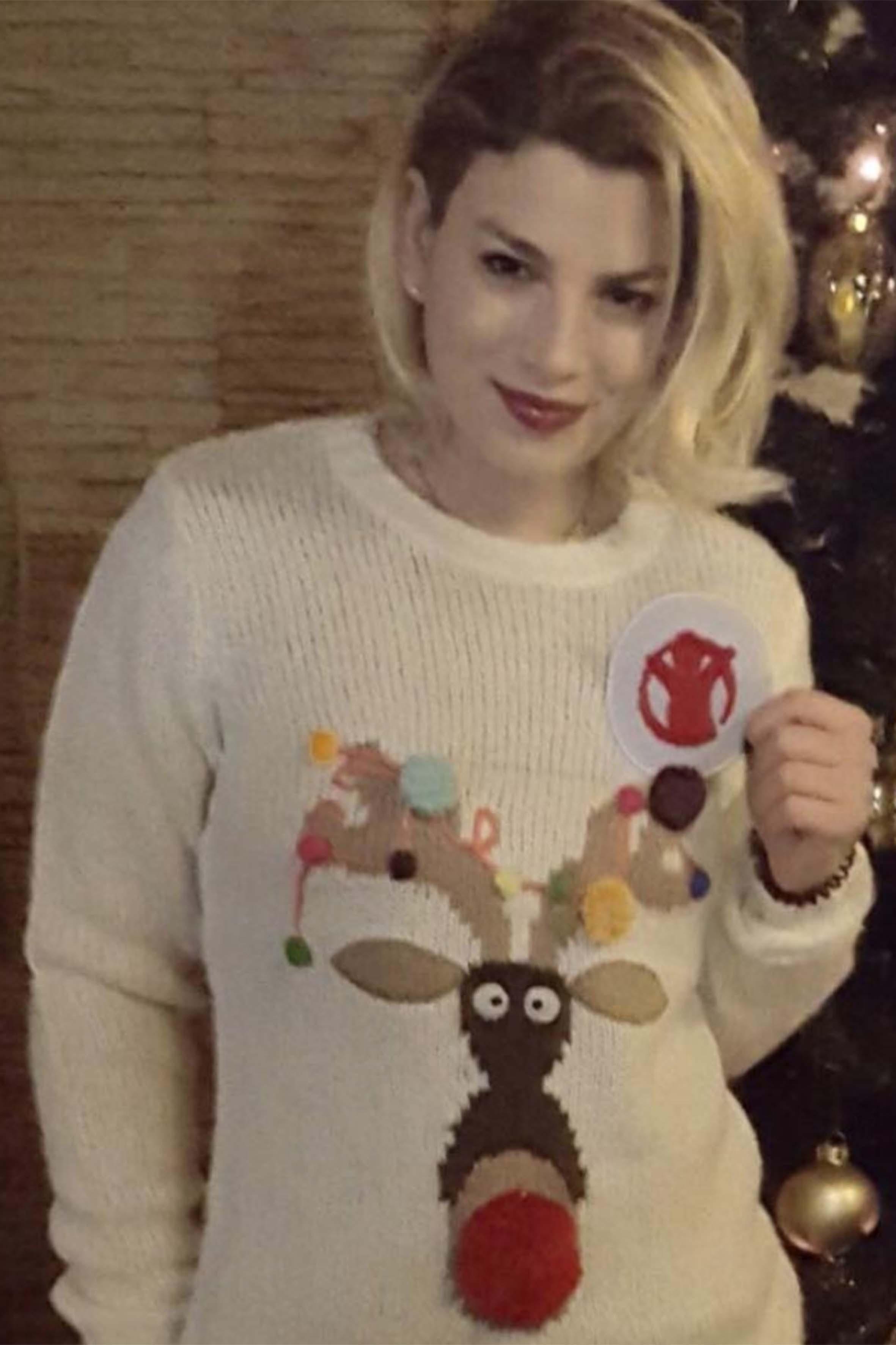 Una simpatica renna anche per Emma Marrone