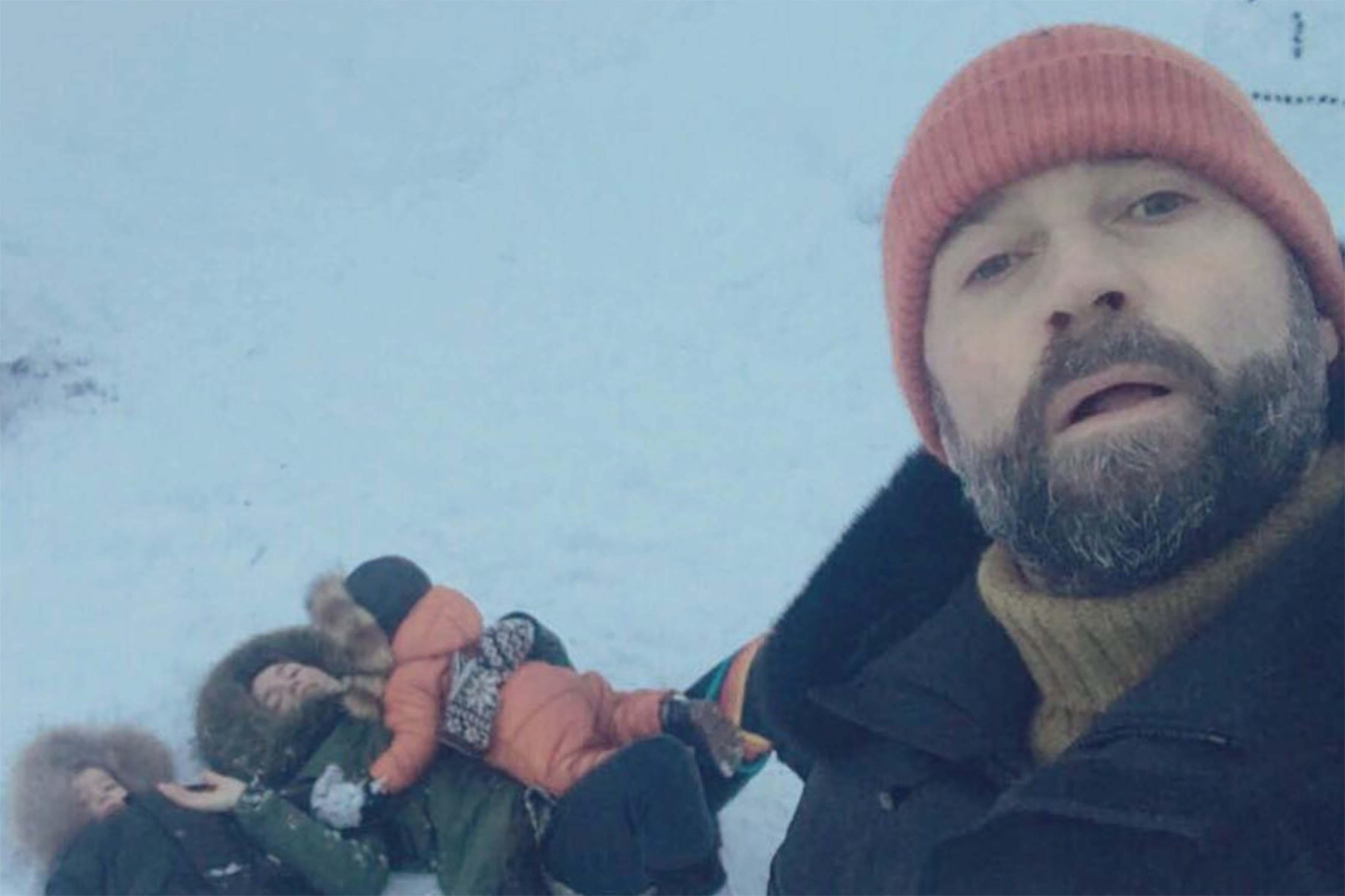 Fabio Volo e famiglia in Islanda