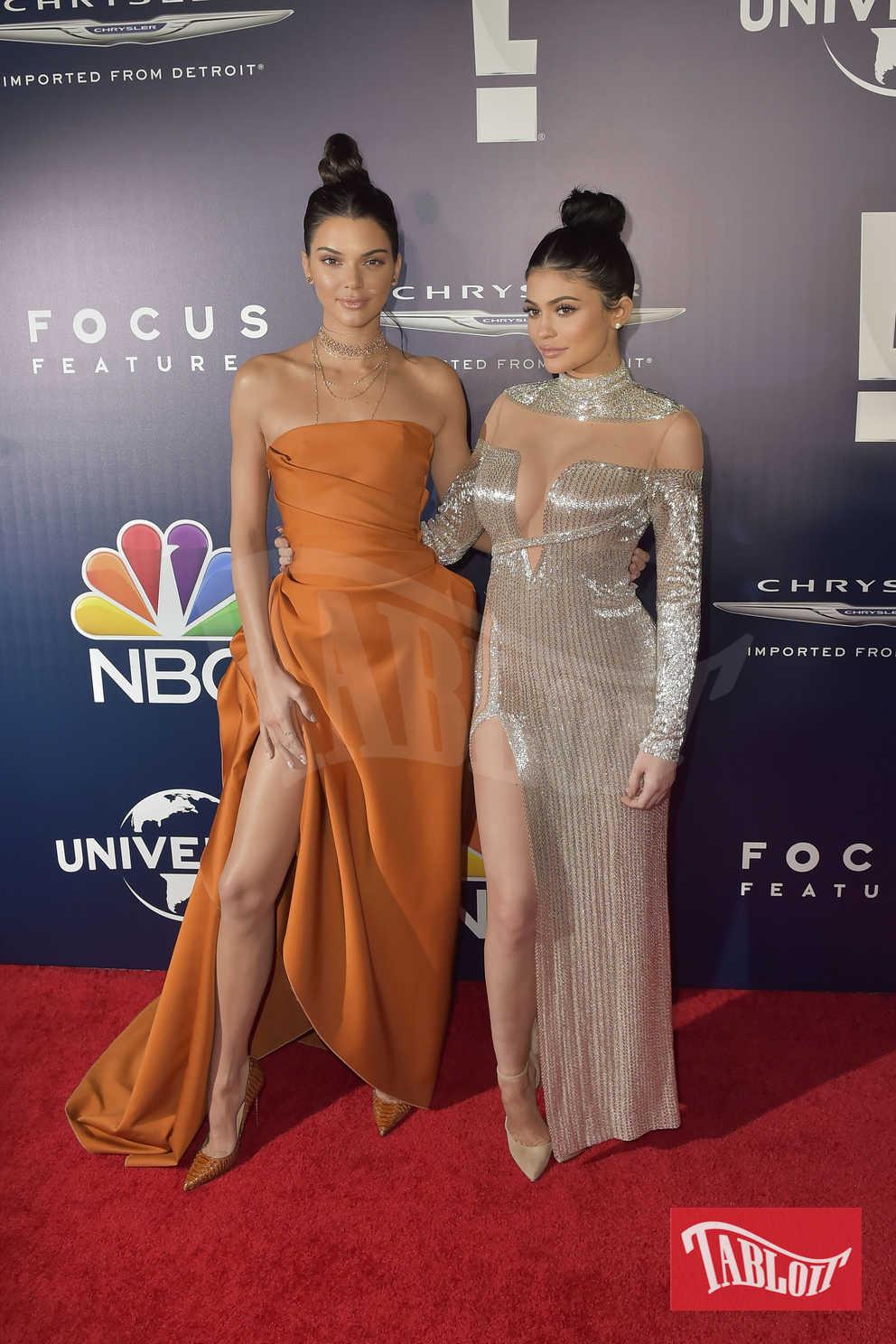 Chignon altissimo per Kendall e Kylie Jenner