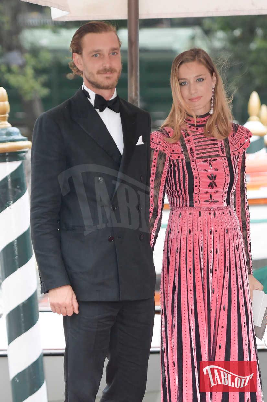 Beatrice Borromeo e Pierre Casiraghi al Franca Sozzani Award durante la Mostra del Cinema di Venezia dello scorso settembre
