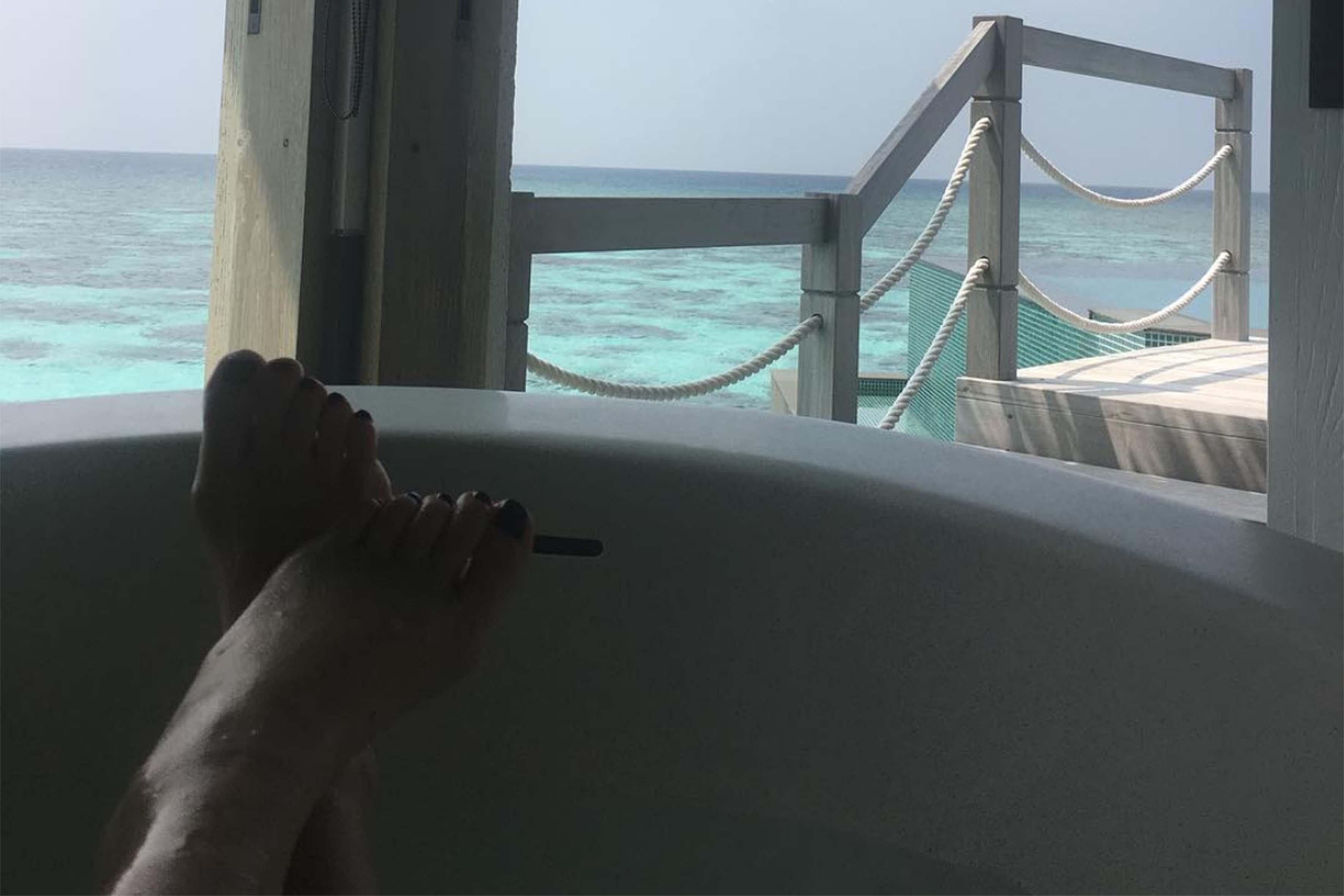 Una foto postata sui social dalla mamma di Justin Bieber dal lussuoso residence alle maldive