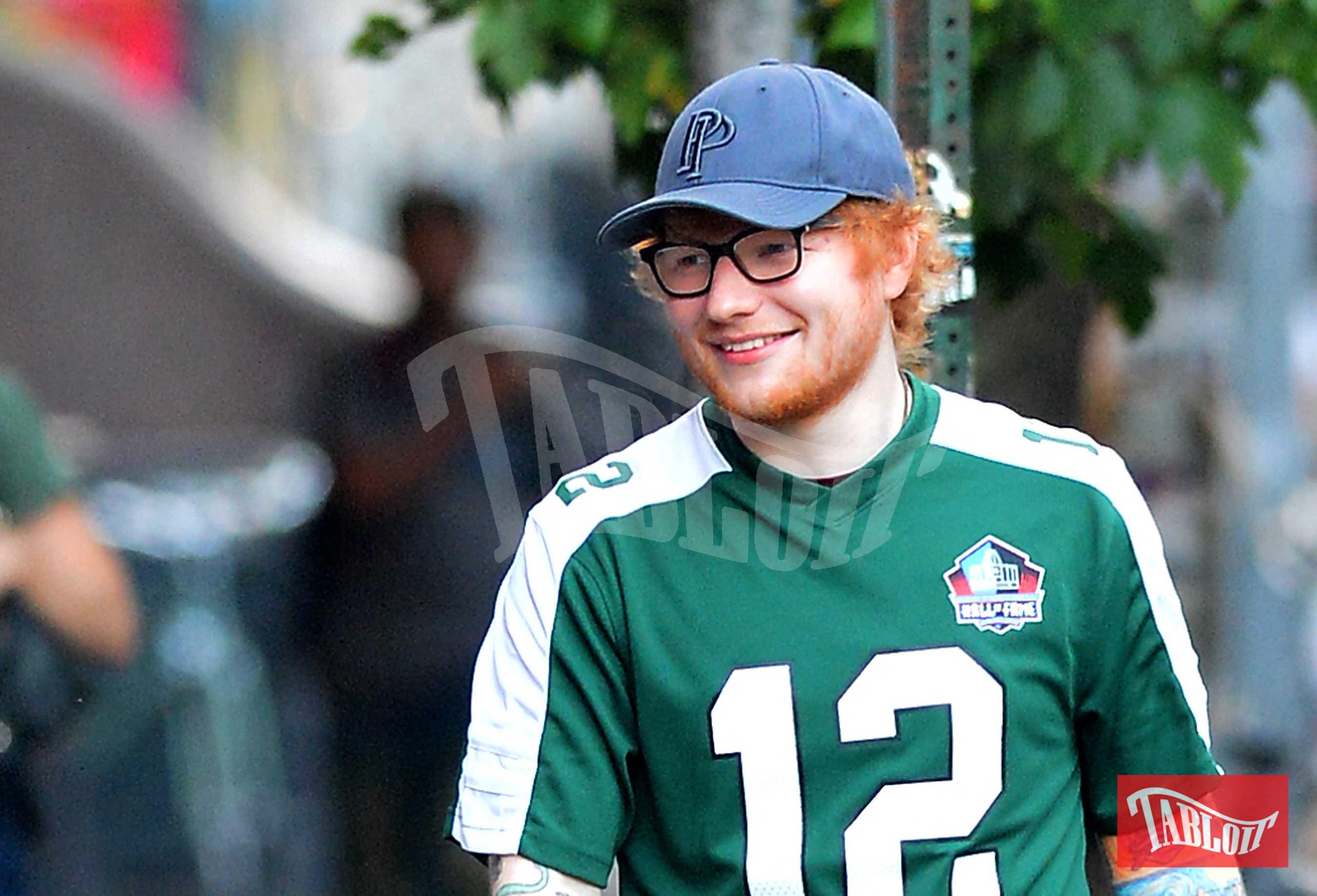 """Ed Sheeran ha vinto numerosi premi nella sua carriera. Tra questi anche due Grammy nel 2016 per la canzone dell'anno (""""Thinking Out Loud"""") e per la miglior performance pop"""
