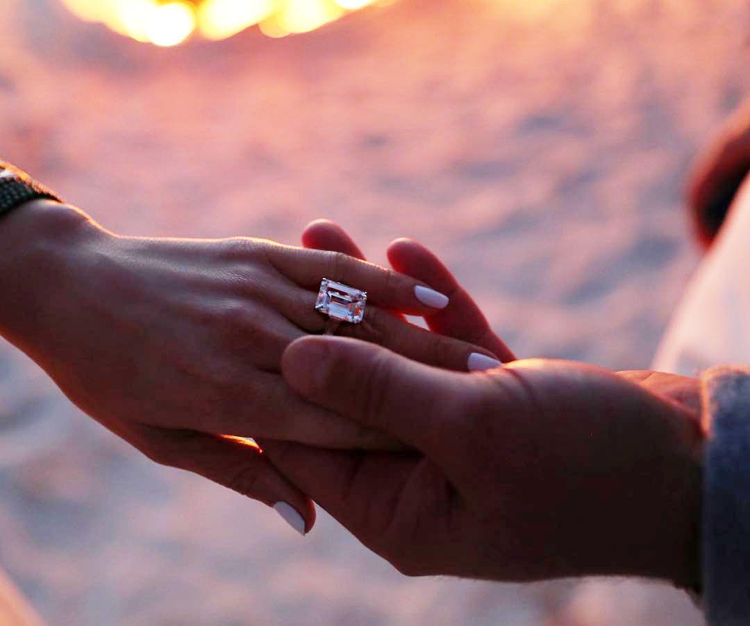 foto anello fidanzamento jennifer lopez