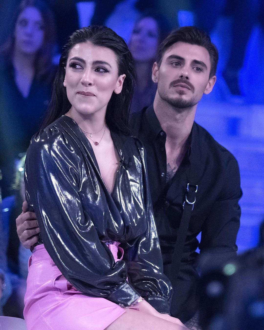 Il bacio tra Giulia Salemi e Francesco Monte negli studi di Verissimo