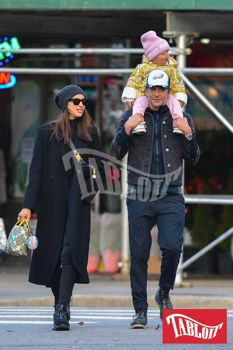 bradley cooper e irina con la figlia