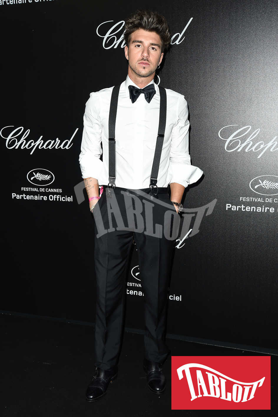 Andrea Damante in posa al party di Chopard durante il festival del cinema di Cannes