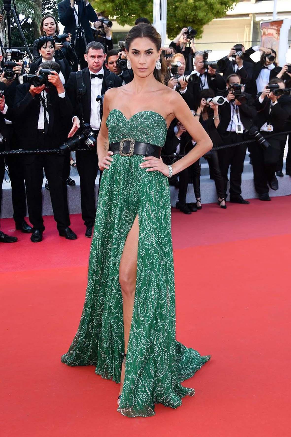 Melissa Satta sul red carpet del festival di Cannes