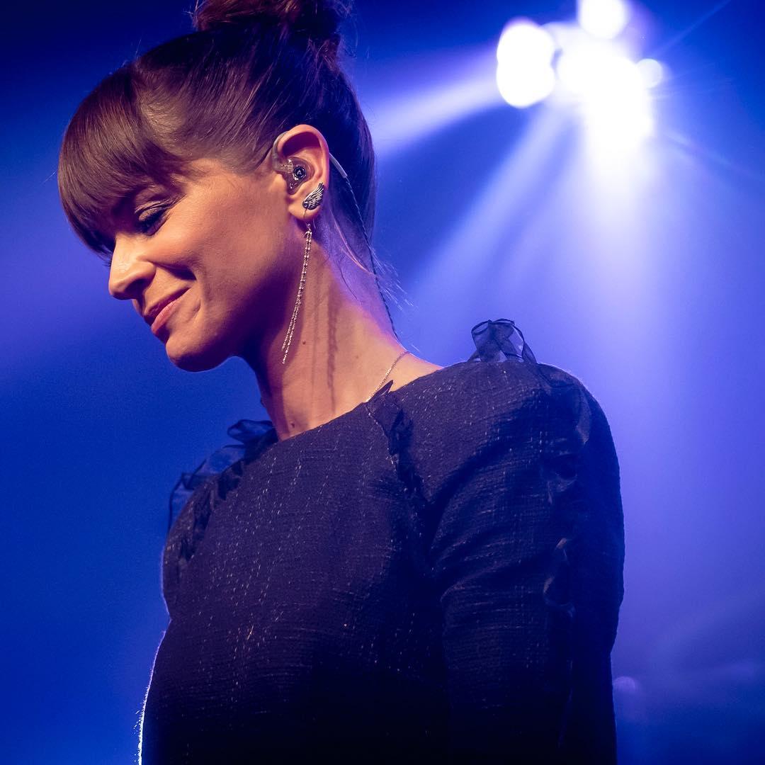 Alessandra Amoroso durante un concerto