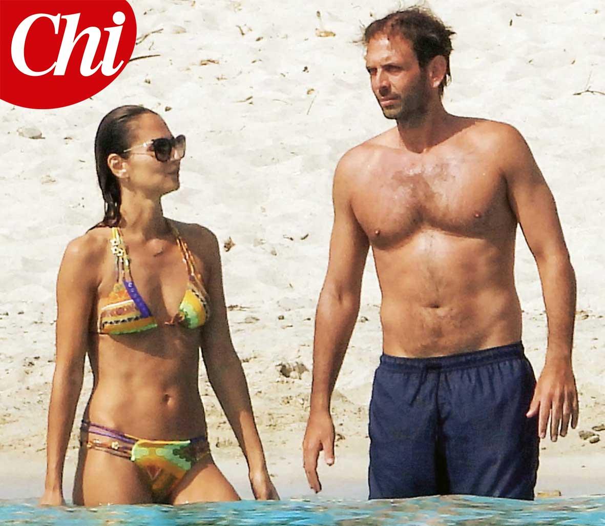 Anna Safroncik e Matteo Mammì durante la vacanza in Sardegna