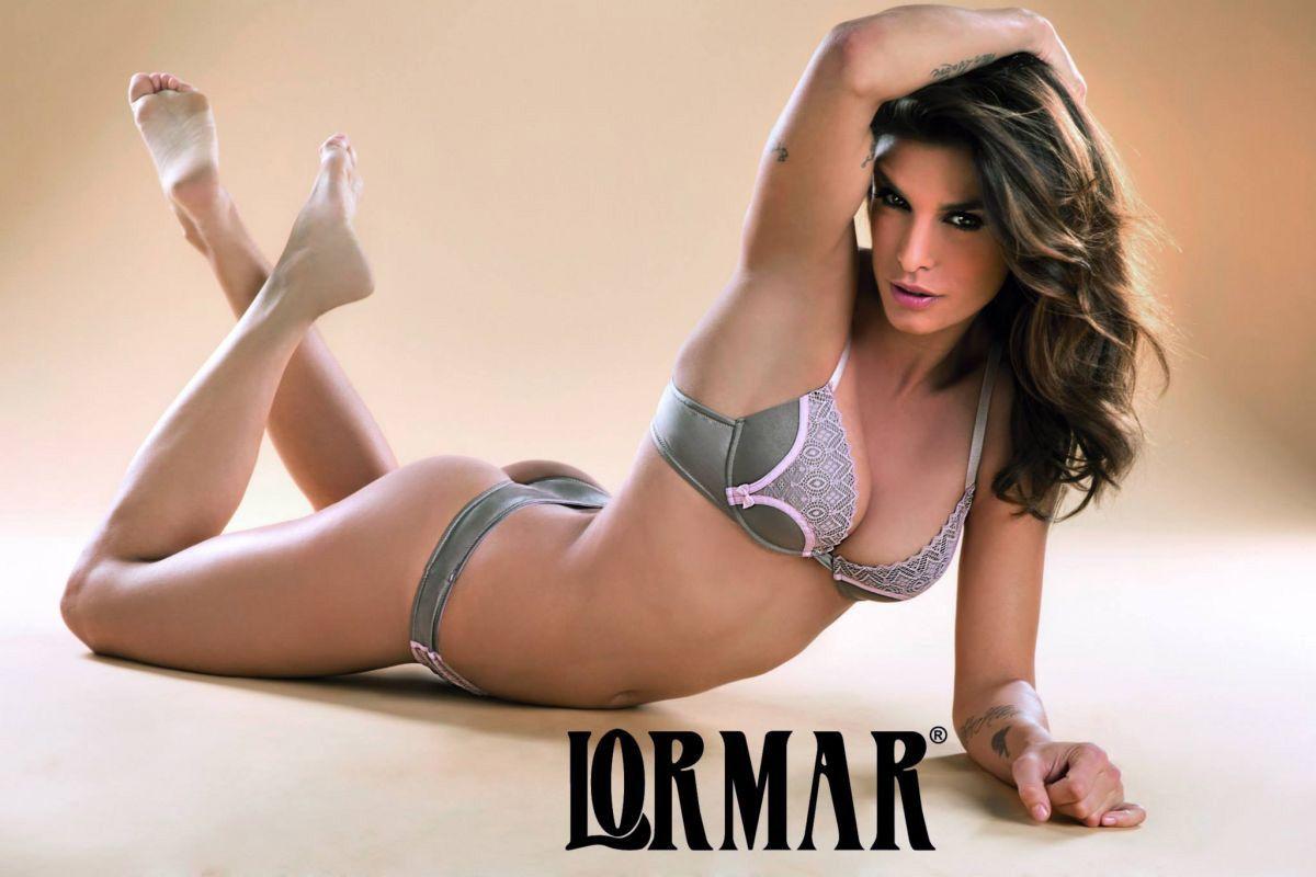 Elisabetta Canalis in uno scatto della campagna Lormar