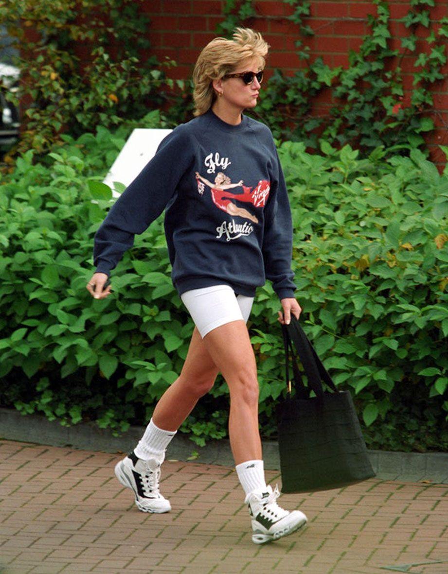 Lady Diana con la felpa venduta all'asta