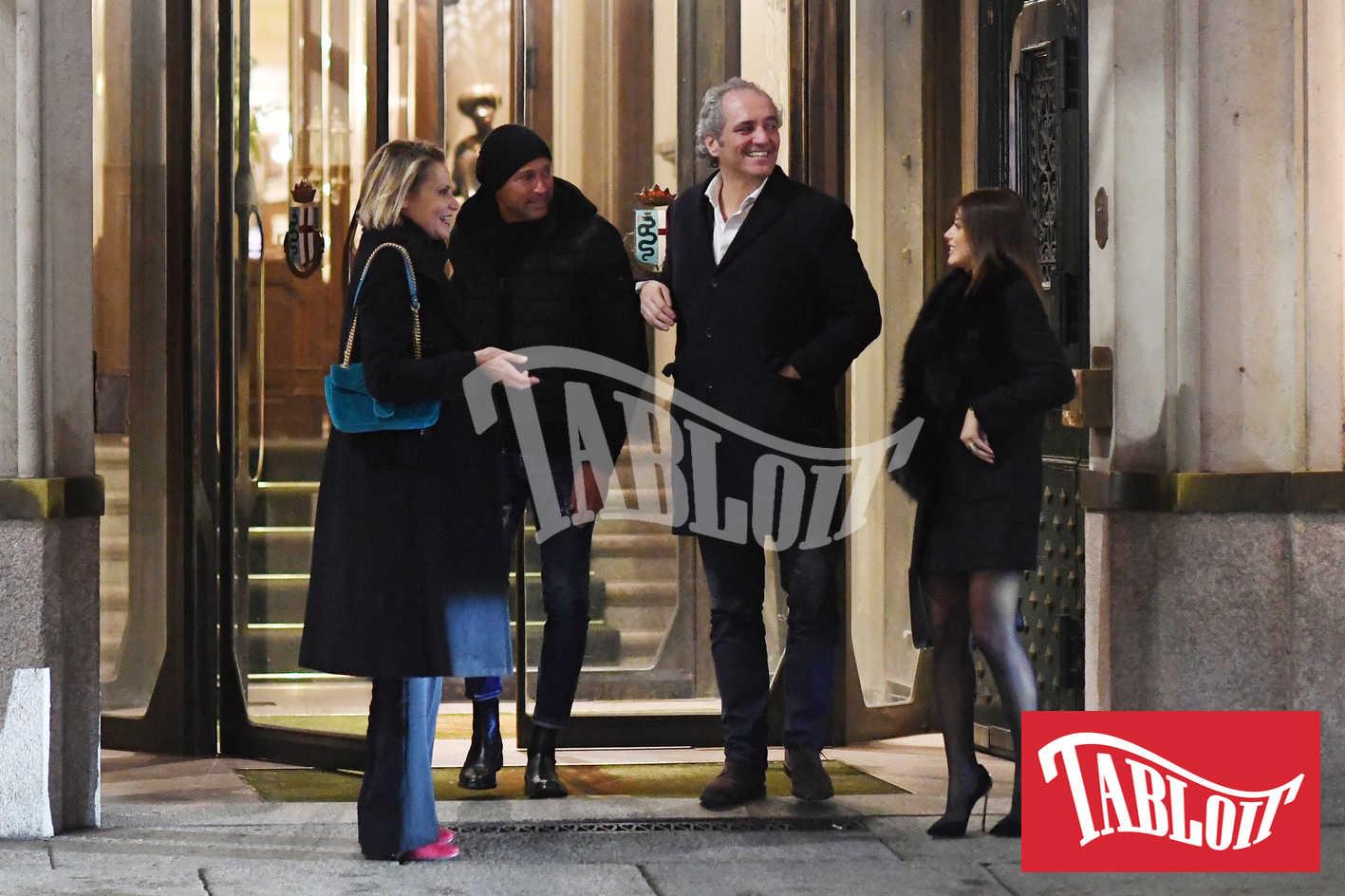 Simona Ventura e il fidanzato Giovanni Terzi a cena con l'ex Stefano Bettarini e la compagna Nicoletta Larini
