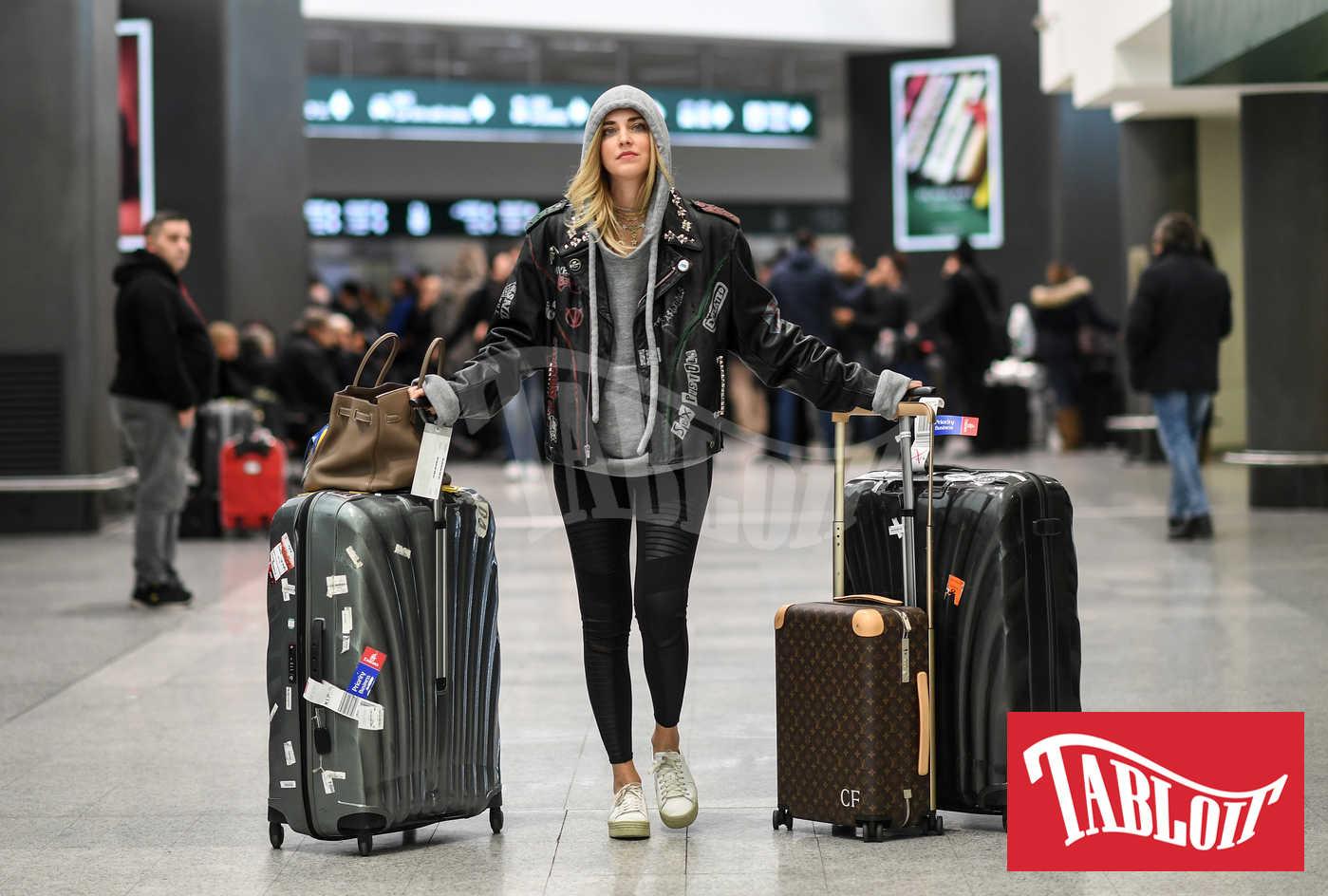Chiara Ferragni in aeroporto