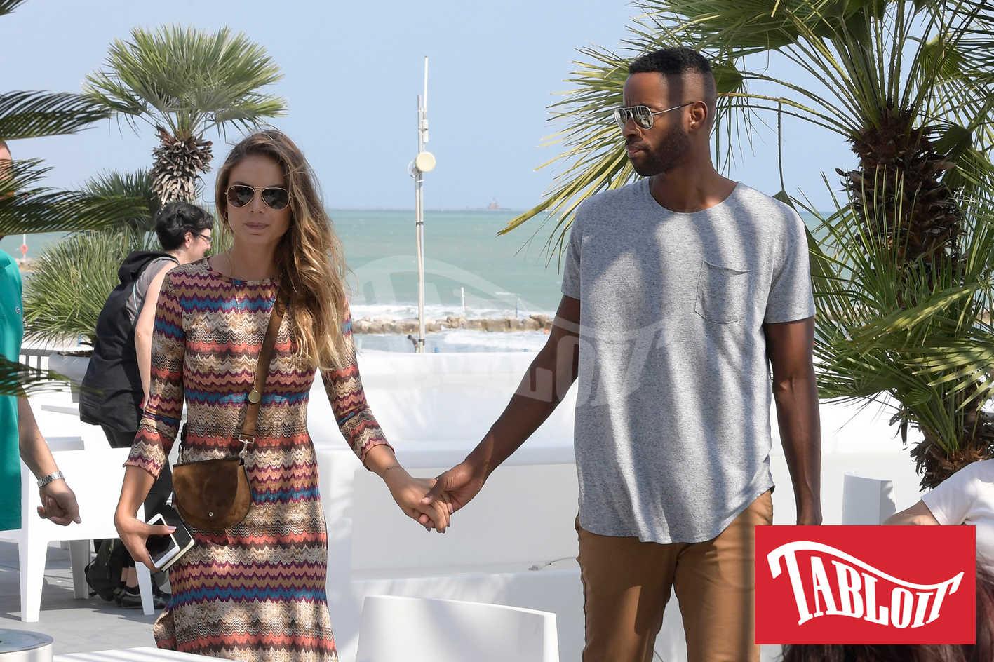 Nina Senicar con il fidanzato Jay Ellis