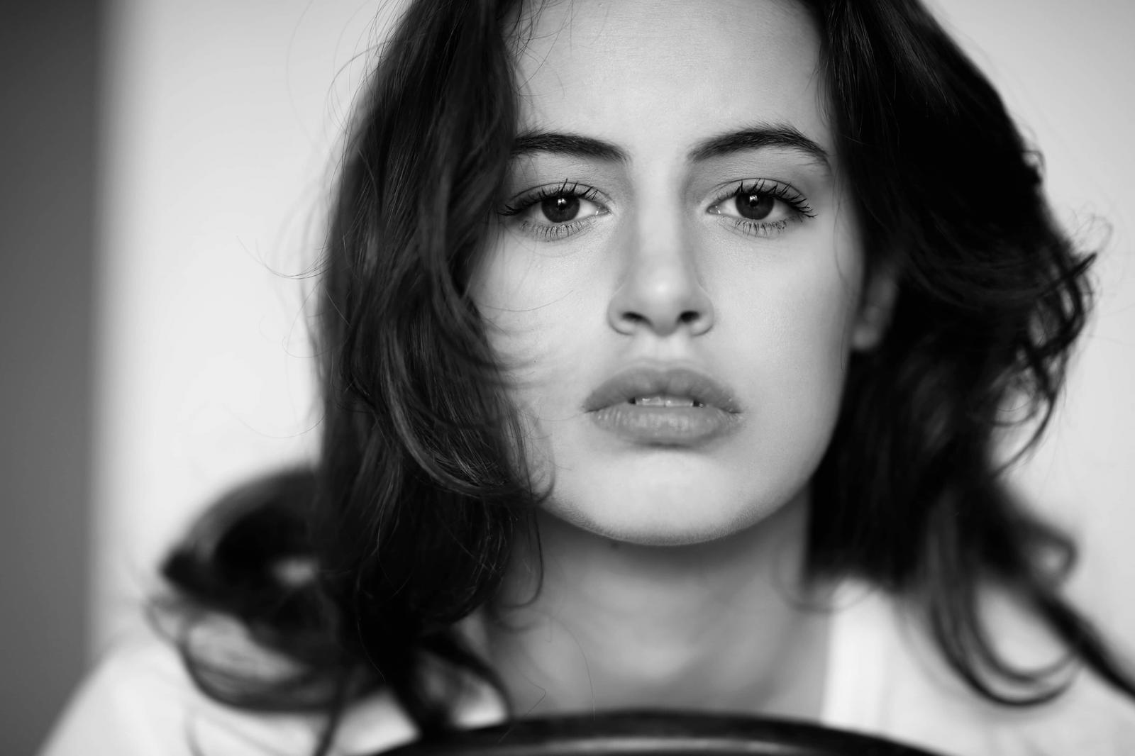 "Angela Curri angela curri : ""tutte le donne che incontrerò"" - talkymedia"