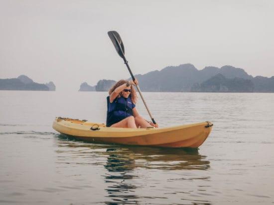 kayak halong bay
