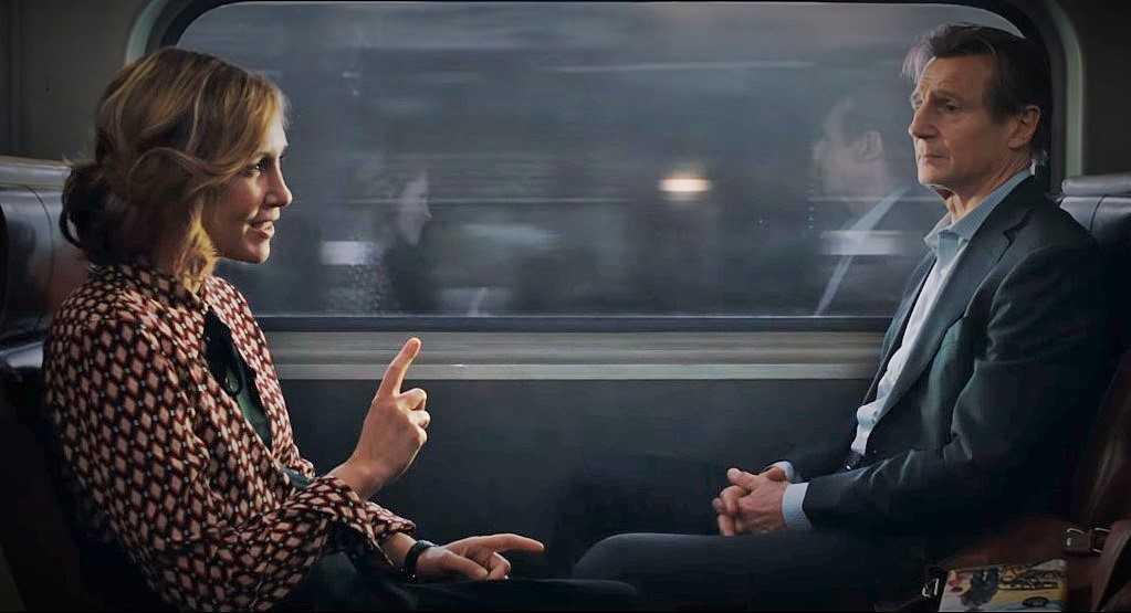 """Vera Farmiga e Liam Neeson in """"L'uomo sul treno"""""""