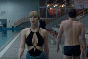 Jennifer Lawrence snobba il tipello in costume perché ne teme il pisello