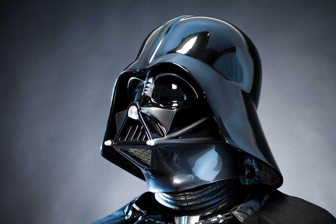 Darth Vader malinconico dopo il dissing di Thanos