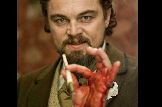 Leonardo DiCaprio sanguinante in Django Unchained