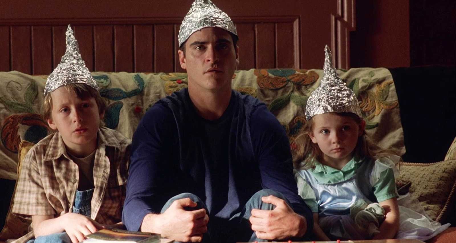 Joaquin Phoenix e i nipoti in Signs