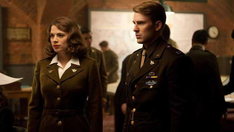 Capitan America e l'amata Peggy